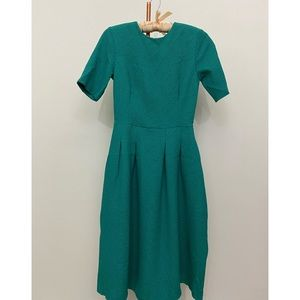 H&M - Gorgeous Vintage Style Emerald Green Dress
